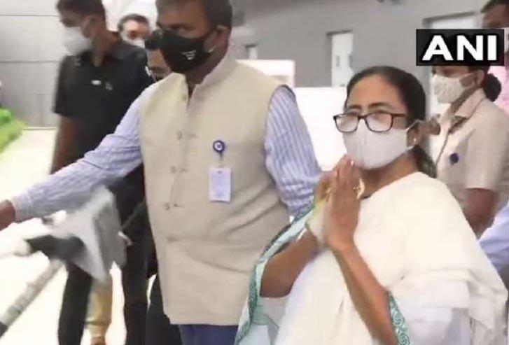 ममता बनर्जी पांच दिवसीय दौरे पर दिल्ली पहुंचीं, प्रधानमंत्री व विपक्षी नेताओं से करेंगी मुलाकात