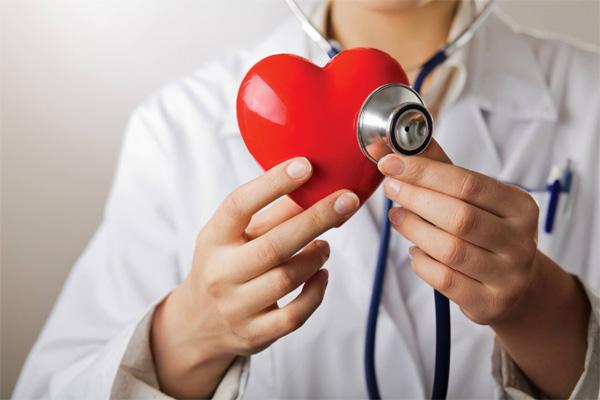 1/3 से अधिक लोग प्राथमिक उपचार के उपायों से अनजान हैं जो हृदय गति रुकने की स्थिति में मदद कर सकते हैं