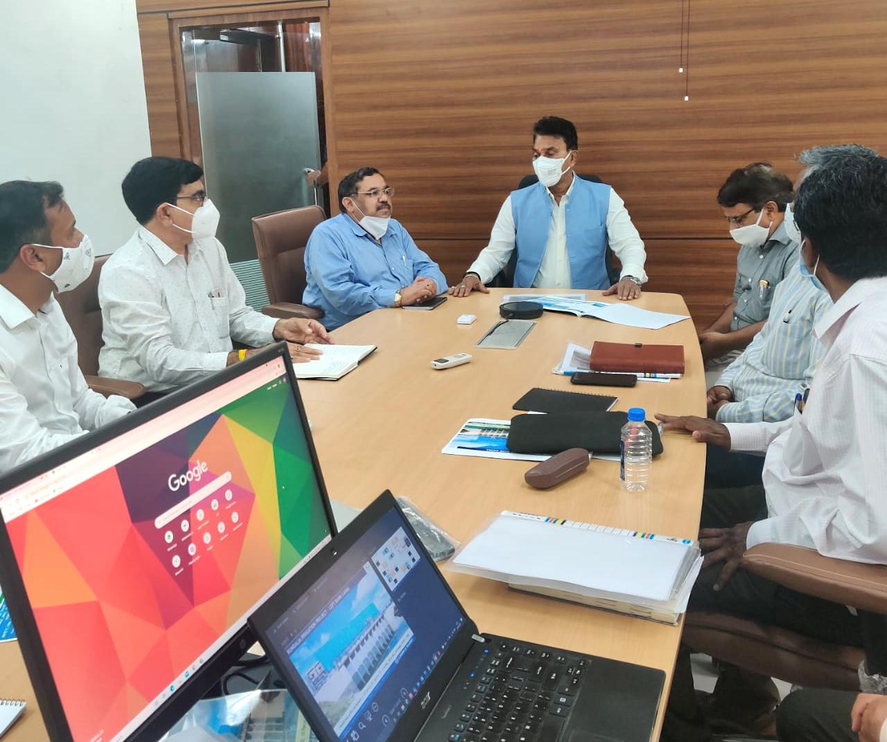 MP- जल संसाधन मंत्री सिलावट ने इएनसी ऑफिस का निरीक्षण किया