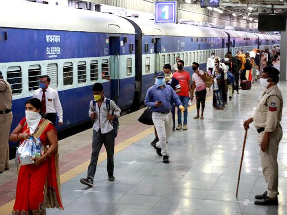 1 अक्टूबर, 2021 से पश्चिम रेलवे की कुछ विशेष ट्रेनों के समय में परिवर्तन