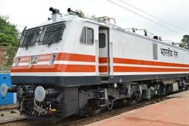नॉन इंटरलॉकिंग कार्य के कारण पश्चिम रेलवे की कुछ स्पेशल ट्रेनें डायवर्ट करने का निर्णय