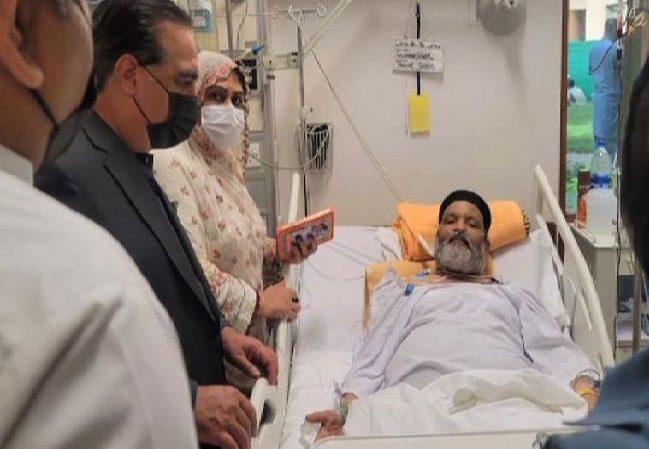 नहीं रहे पाकिस्तान के मशहूर कॉमेडियन उमर शरीफ, 66 साल की उम्र में ली आखिरी सांस